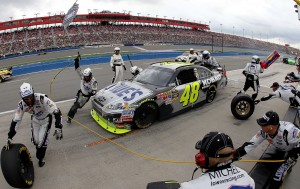 2010 Auto Club Feb NSCS Jimmie Johnson pit stop