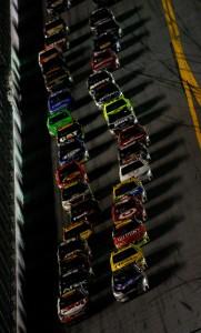 2010 Daytona 500 Scott Speed leads restart