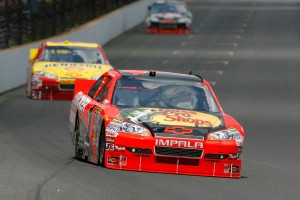 2010_Indianapolis_NSCS_Jamie_McMurray_leads_Kevin_Harvick