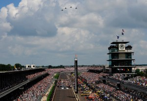2010_Indianapolis_NSCS_prerace_from_roof