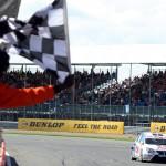BTCC_Silverstone_2010_1