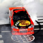2010_Charlotte_Oct_NSCS_Jamie_McMurray_burnout