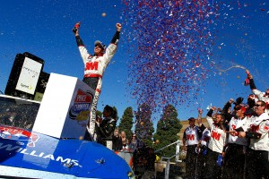2010_Kansas_Oct_NSCS_Greg_Biffle_Victory_Lane