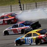 2010_Kansas_Oct_NSCS_Kasey_Kahne_tire_goes_down
