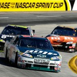 2010_Martinsville_Oct_NSCS_Dale_Earnhardt_Jr_leads