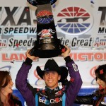 2010_Texas2_Nov_NSCS_Denny_Hamlin_Victory_Lane