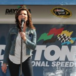 2011_Daytona_Feb_National_Anthem_Martina_McBride