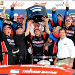 2011_Daytona_Feb_Trevor_Bayne_Trophy_Team