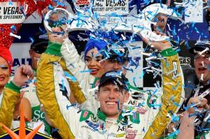 2011_Las_Vegas_NSCS_Carl_Edwards_Victory_Lane