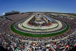 2011MartinsvilleApr_NSCS_Track_Wide_Angle