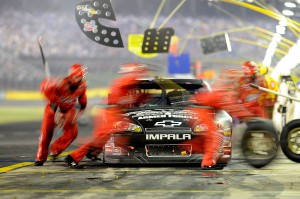 2011_Charlotte_May_NSCS_Kevin_Harvick_Pit_stop