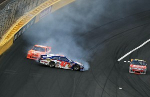 2011_Charlotte_May_NSCS_Labonte_Spin_logano_miss