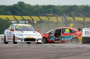 BTCC_Race_THRX_2011_8