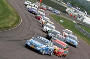 BTCC_Race_THRX_2011_9