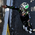 2011_MIS_Aug_NSCS_Kyle_Busch_shakes_fan_hand