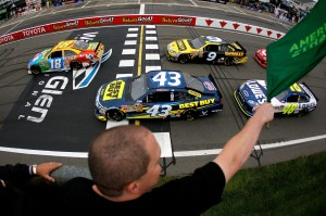 2011_WGI_Aug_NSCS_Green_Flag