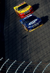 2011_NHMS_Sept_NSCS_No_2_and_22_Race_Action