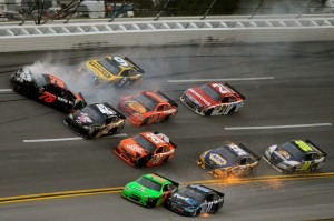 2011_Talladega_Oct_NSCS_Regan_Smith_accident
