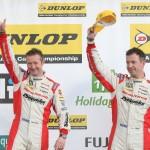 BTCC_Silverstone_2011_15