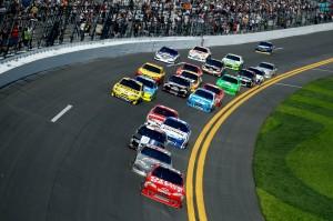 2012 Daytona Feb NCSC Duel 1 Stewart leads pack