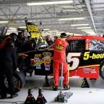 2012_Kansas_April_NASCAR_Sprint_Cup_Race_Clint_Bowyer_Garage