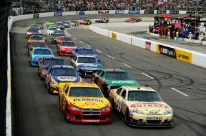 2012_Martinsville_March_NASCAR_Sprint_Cup_Race_Ryan_Newman_Restart