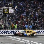 2012_Richmond_April_NASCAR_Sprint_Cup_Kyle_Busch_Checkered_Flag
