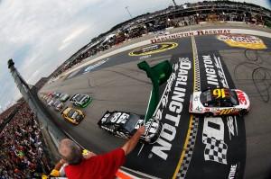 2012_Darlington_May_NASCAR_Sprint_Cup_Race_Start_Greg_Biffle