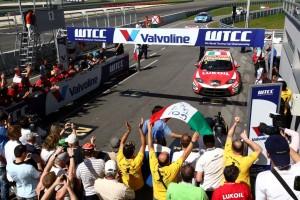 Tarquini_Svk_Race1_54