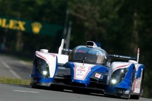 nr8 Toyota Racing TS030 - Hybrid Alexander Wurz, Nicolas Lapierr