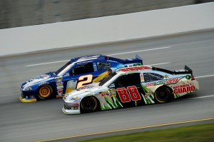 2012_Kentucky_June_NASCAR_Sprint_Cup_Series_Race_Brad_Keselowski_Races_Dale_Earnhardt_Jr