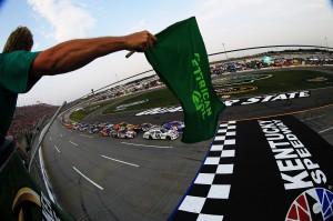 2012_Kentucky_June_NASCAR_Sprint_Cup_Series_Race_Start_Jimmie_Johnson_Kyle_Busch