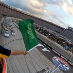 2012_Bristol2_Casey_Mears_Leads_Field_To_Green_Flag