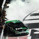 2012_Bristol2_Denny_Hamlin_Celebrates_With_Burnout