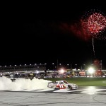 2012_Atlanta_Denny_Hamlin_Celebrates_With_Burnout