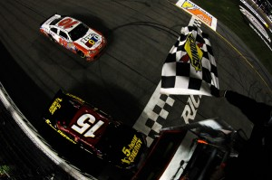 2012_Richmond2_Clint_Bowyer_Crosses_Finish_Line