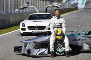 Formel Eins: Mercedes AMG F1W04 Launch