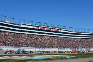 NASCAR_NSCS_KOBALT400_Race_031013