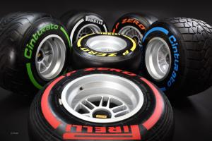 Pirelli_Formula-1_2013_4