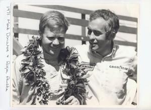 Sieger Mark Donohue und Teamchef Roger Penske 1971 (c) Pocono Raceway