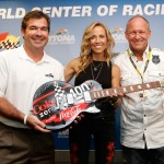 Joie_Chitwood_Sheryl_Crow_Sam_Bass_Daytona_070613