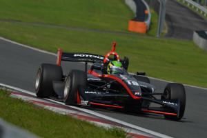 Super Formula Fuji 2013 Joao Paulo de Oliveira