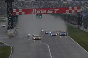 Super GT Suzuka 2011 GT500 Start