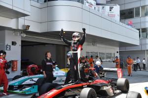 Super Formula Fuji Speedway 2014 Joao Paulo de Oliveira