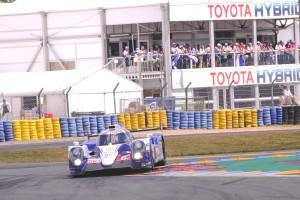2014-24-Heures-du-Mans-8-TOYOTA-RACING-(JPN)-TOYOTA-TS-040-HYBRID-JPB-1424A-JPB-5381