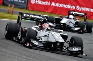 Super Formula Suzuka 2014 Vitantonio Liuzzi Koudai Tsukakoshi