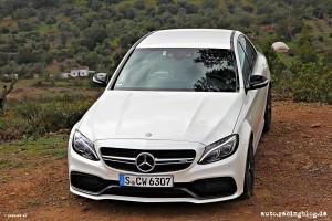 Mercedes_AMG_C63_16