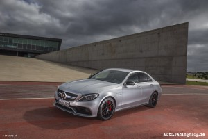 Mercedes_AMG_C63_34