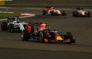 F1_Bahrain_Race_2015_18