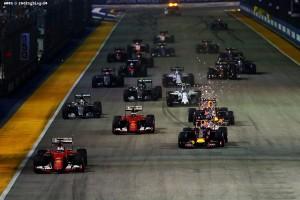 F1_Race_Singapur_2015_11